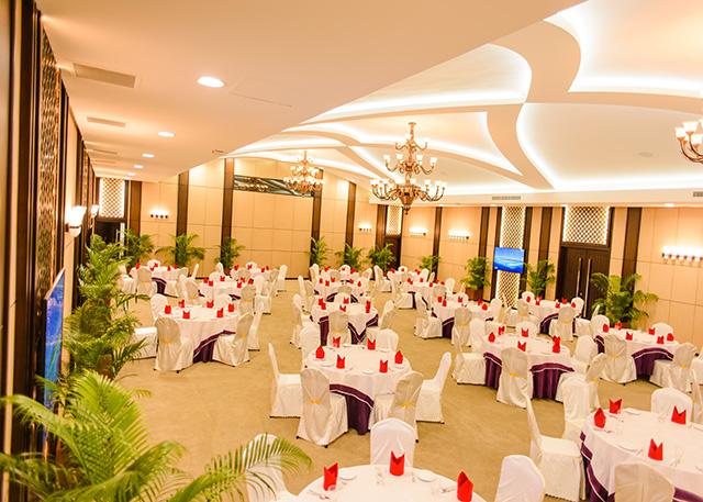 Dhinasha conference hall at paradise island resort spa maldives paradise island resort spa maldives junglespirit Choice Image