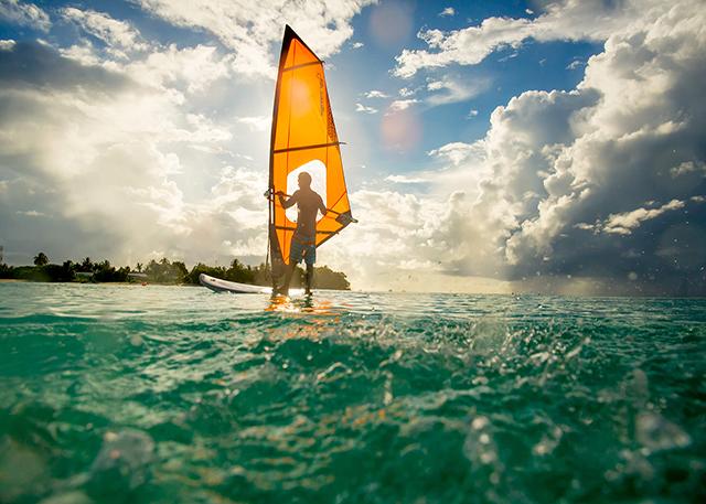 Windsurfing in Holiday-Inn Kandooma Resort Maldives