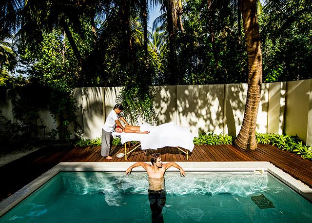Holiday-Inn Kandooma Resort Maldives